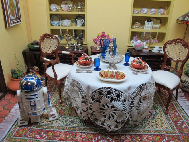 Barbara, Georgianna, and R2