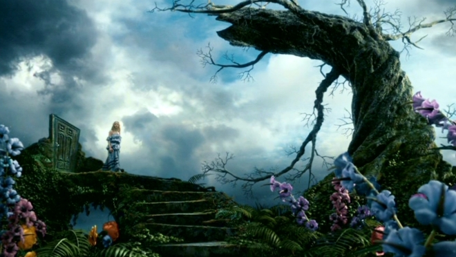 Tim-Burton-s-Alice-In-Wonderland-alice-in-wonderland-2010-13677606-1360-768