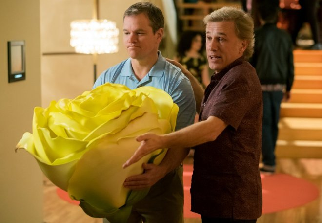 downsizing-2017-003-matt-damon-christoph-waltz-yellow-rose.jpg